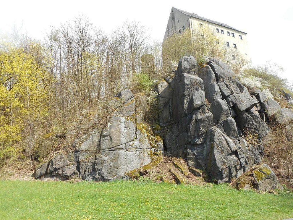 Burgfelsen Neuhaus, Windischeschenbach, Waldnaabtal, Sektoren Nepomuk und Loreley; © Harald Rost, https://www.durreck.de/wp/burgfelsen-neuhaus